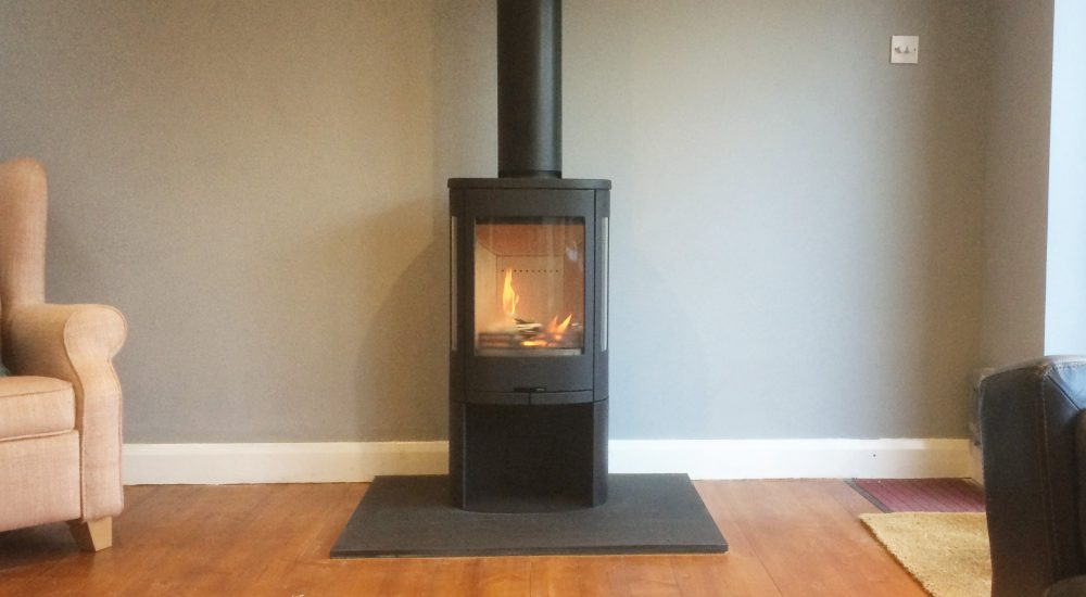 Free-standing wood burning stove by Contura