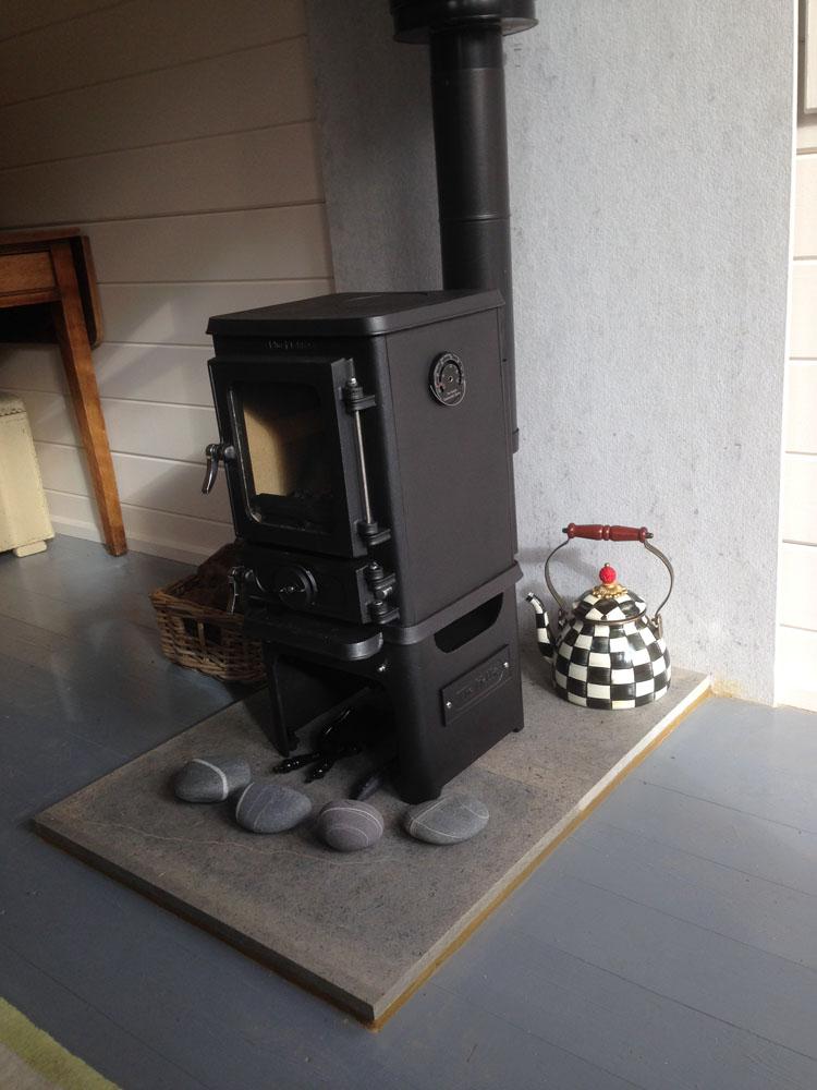 hobbit stove in art studio